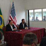 Vamos tirar Maduro de lá, diz secretário de Estado dos EUA em visita a Roraima