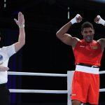Mãe de Abner Teixeira diz que lutador está confiante para vaga na final do boxe olímpico: 'Oramos por telefone'