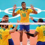 Brasil encara Japão por vaga na semi do vôlei masculino