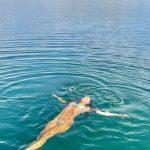 Mariana Rios posta momento de relaxamento em destino paradisíaco